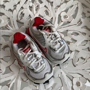 Nike sneakers infant size 4
